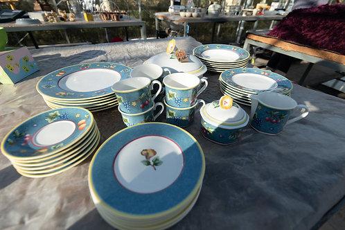 "262. Villeroy & Boch, ""Biella"" Dinner Service and Tea Ware. Brand new.  6 x Dinn"