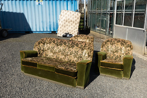 59, Retro Sofa and two Armchairs. Very good condition.