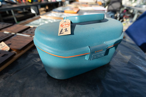 """474. """"Samsonite"""" Carry Case for Toiletries and Make Up"""