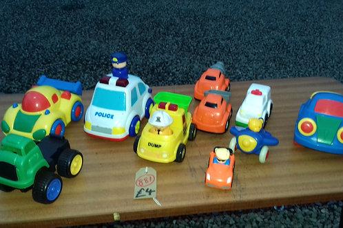 881. Child's cars / Lorries.