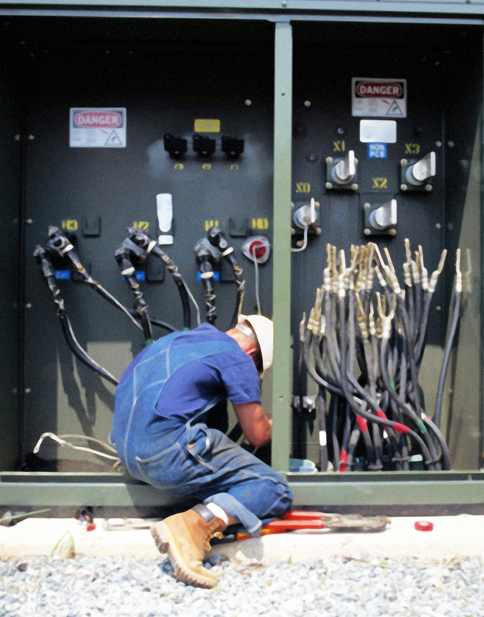 electrical-maintenance-commercial-service[1].jpg