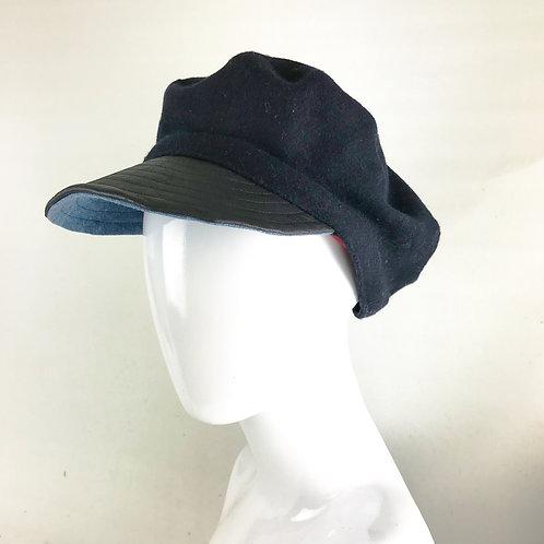 Navy cashmere fiddler cap