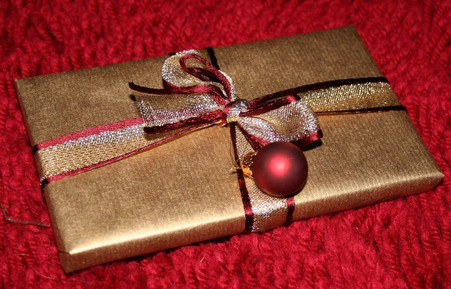 20 Reasons why a Book is the Perfect Present for a Christmas Stocking!