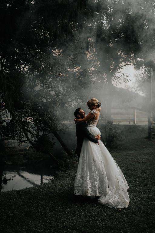 Poroka v Galeriji Repanšek: Tanja in Aleksander