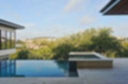 modern-house-outdoor-pool-spa.jpg