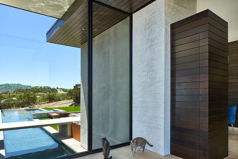 Modern-house-foyer-lap-pool