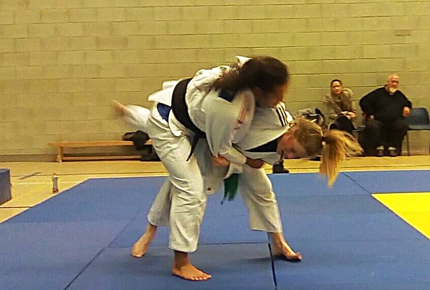 Ellie going on the Attack