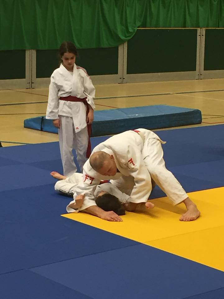 Naimh watching the finer points of Ne-Waza