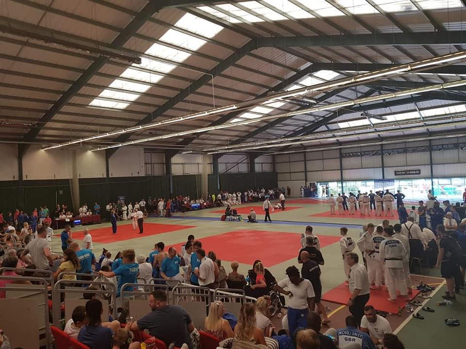 a big mat area in Newport