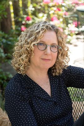Peggy Orenstein headshot.jpg