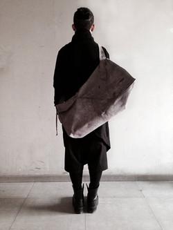 XL Leather Messenger Bag