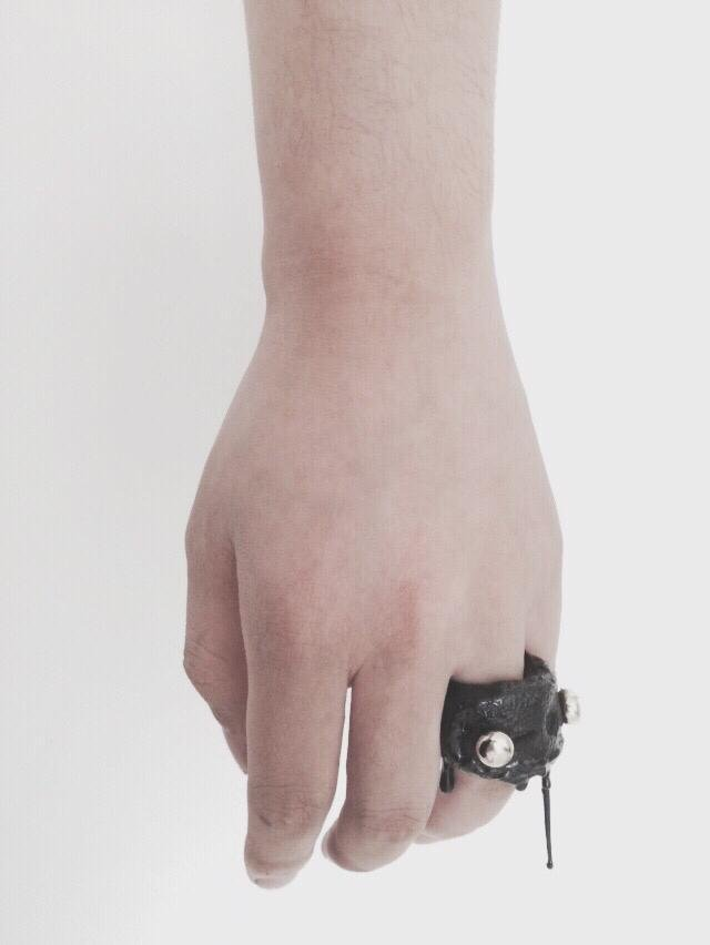 Drip-rubber Leather Ring