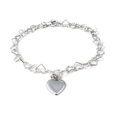 silver linked heart bracelet with heart charm