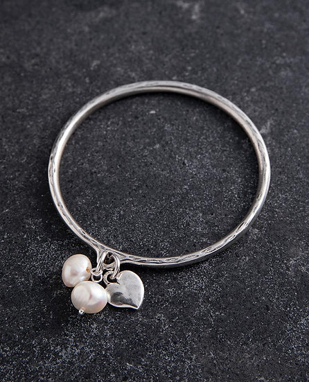 Silver Bangle with mini heart and pearl