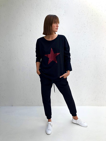 Robyn Top Black with Red Glitter Star