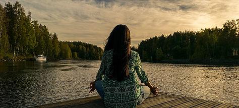 yoga-2176668_960_720.jpg