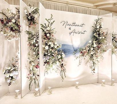 Wedding Backdrop; wedding decoration production; florist backdrop; wedding planner
