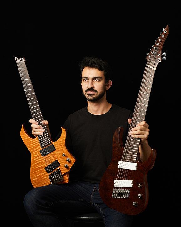 Caracik_Guitars_2103.jpg