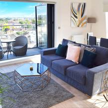Deluxe 2 Bedroom Apartment With Balcony