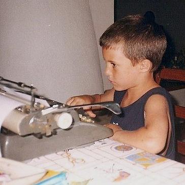 Typewriter_edited_edited.jpg