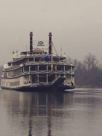 Showboat 1.jpeg
