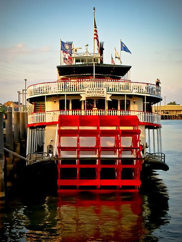 Showboat 2.jpeg