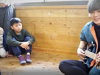 Ryu and Alex gave the children Exciting New Experiences!子供たちへのワクワク刺激的な経験!