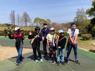 春のアウトドアアクティビティ第二弾はパットゴルフ!