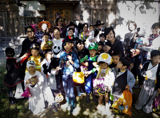 International Halloween Party at Yurarikko.ゆらりっこの国際交流ハロウィンパーティ!