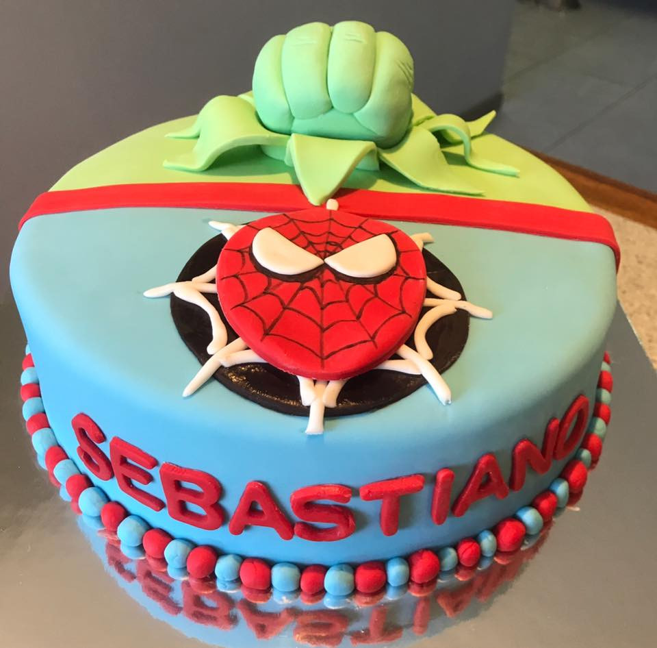 spiderman cake.jpg