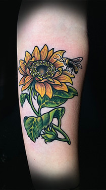 dustin nelson / sunflower and bee tattoo / tattoo shop near me / tattoo shop in grand junction