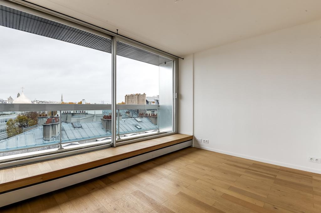 Agence-Leroy-Vente-Studio-32-m2-vue-panoramique-75007-Paris3