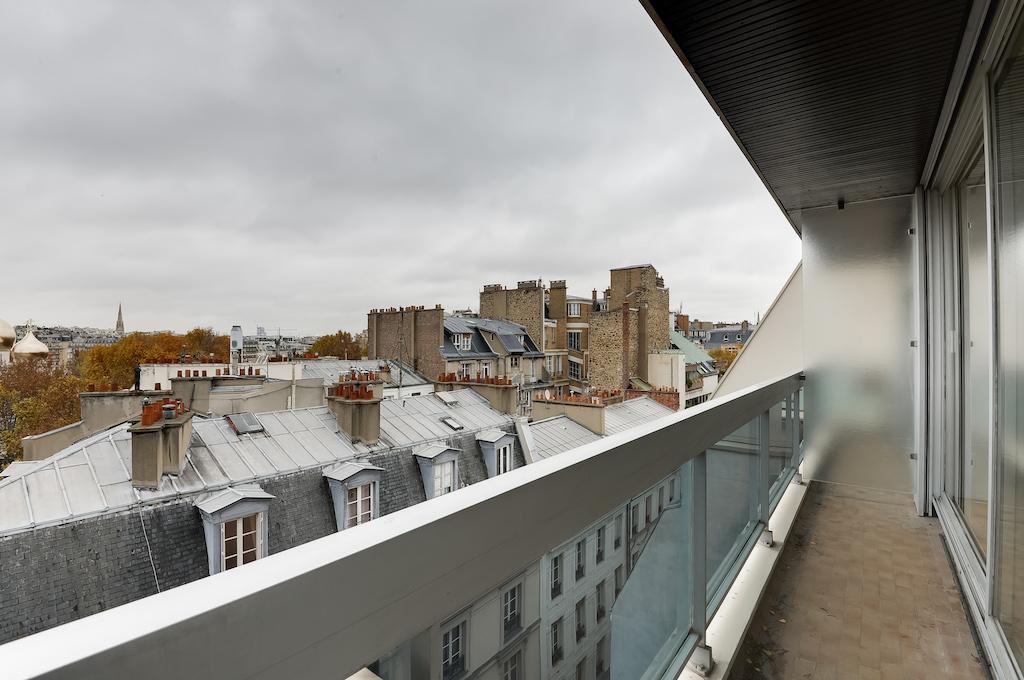 Agence-Leroy-Vente-Studio-32-m2-vue-panoramique-75007-Paris4