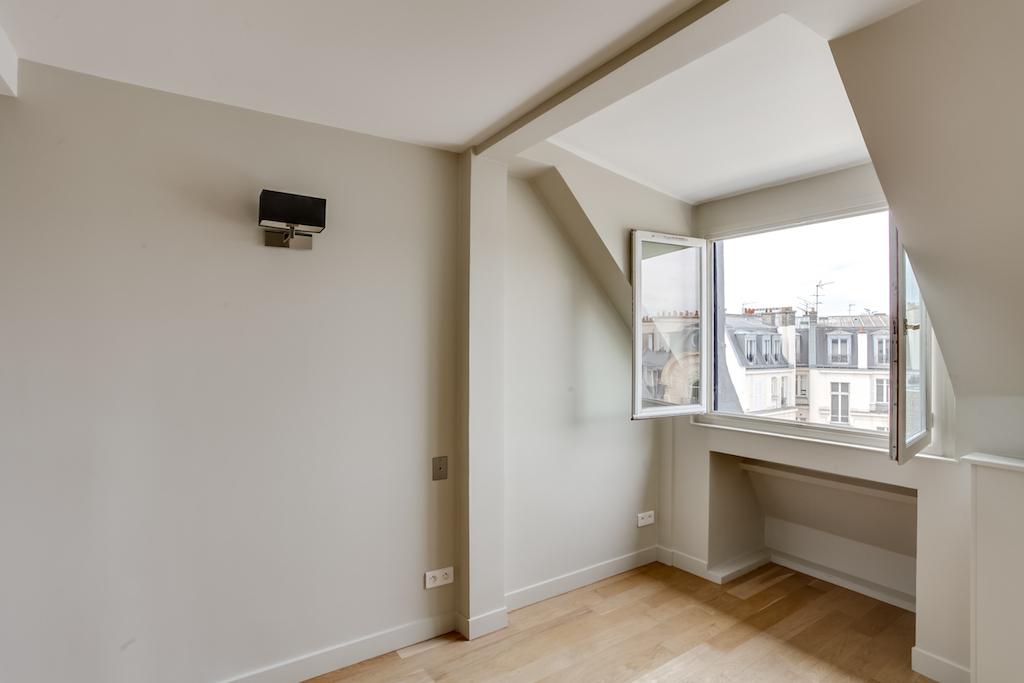 Agence-Leroy-Vente-3-pièces-Vue-Tour-Eiffel-5-pièces-52-m2-75007-Paris7