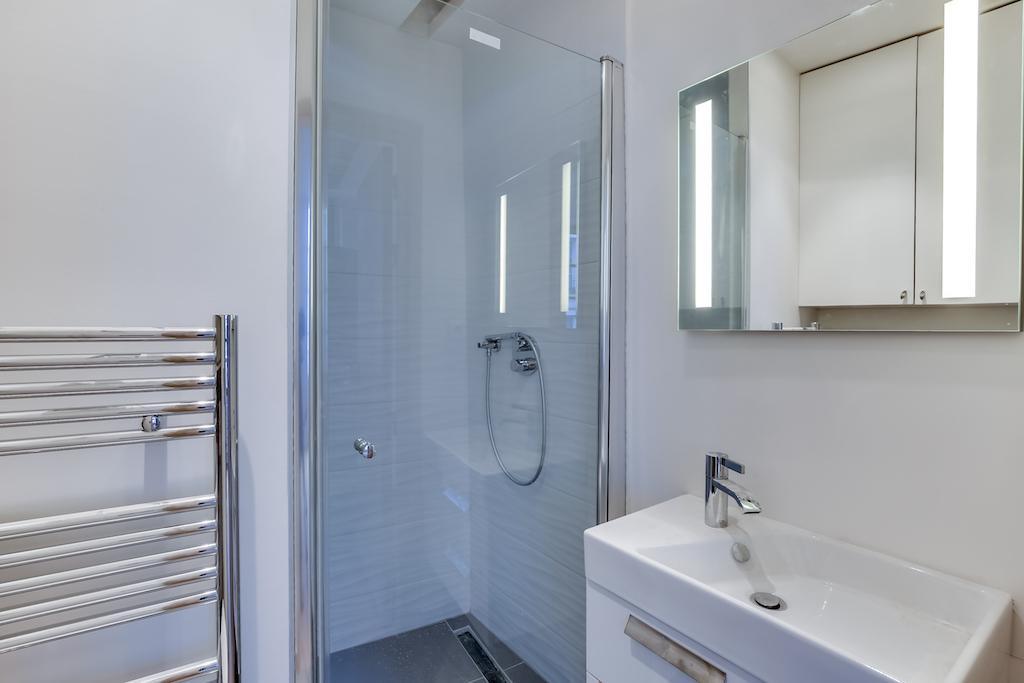 Agence-Leroy-Vente-2-pièces-rue-de-Bourgogne-32-m2-75007-Paris7