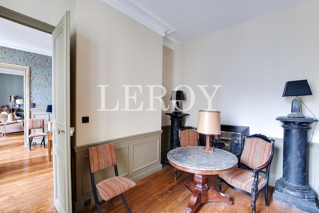Agence-Leroy-Vente-5-pièces-Saint-Thomas-d'Aquin-75007-Paris-6