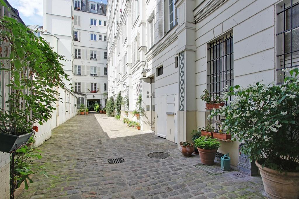 Agence-Leroy-Vente-2-Pièces-Terrasse-Dernier-Etage-Vues-Dégagées-Bon-Marché-75007-Paris-photo-12