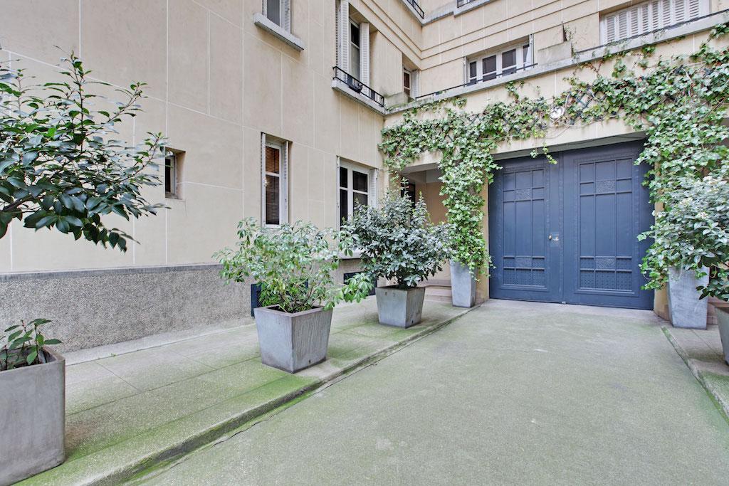 Agence-Leroy-Vente-Studio-Vaneau-21-m2-75007-Paris-11