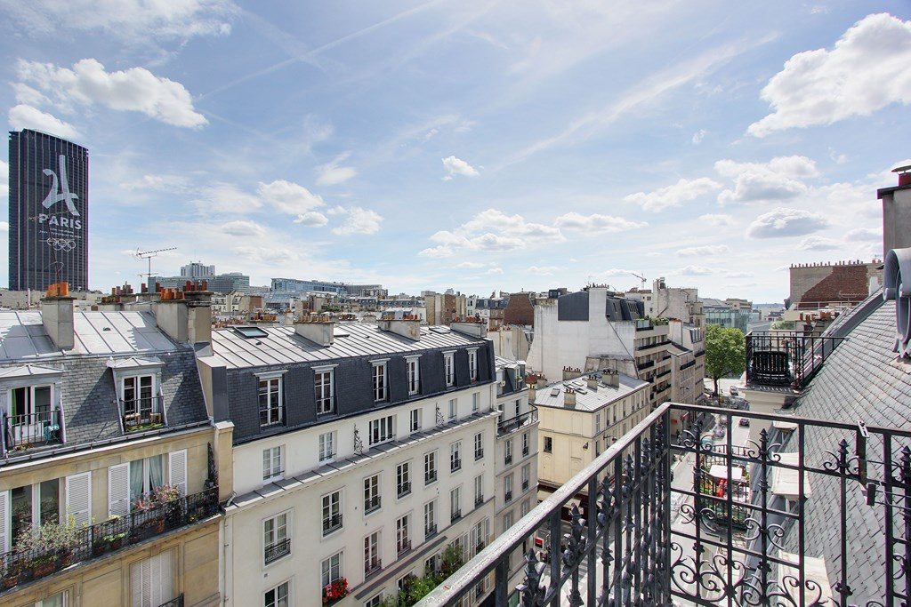 Agence-Leroy-Vente-2-Pièces-Terrasse-Dernier-Etage-Vues-Dégagées-Bon-Marché-75007-Paris-photo-2