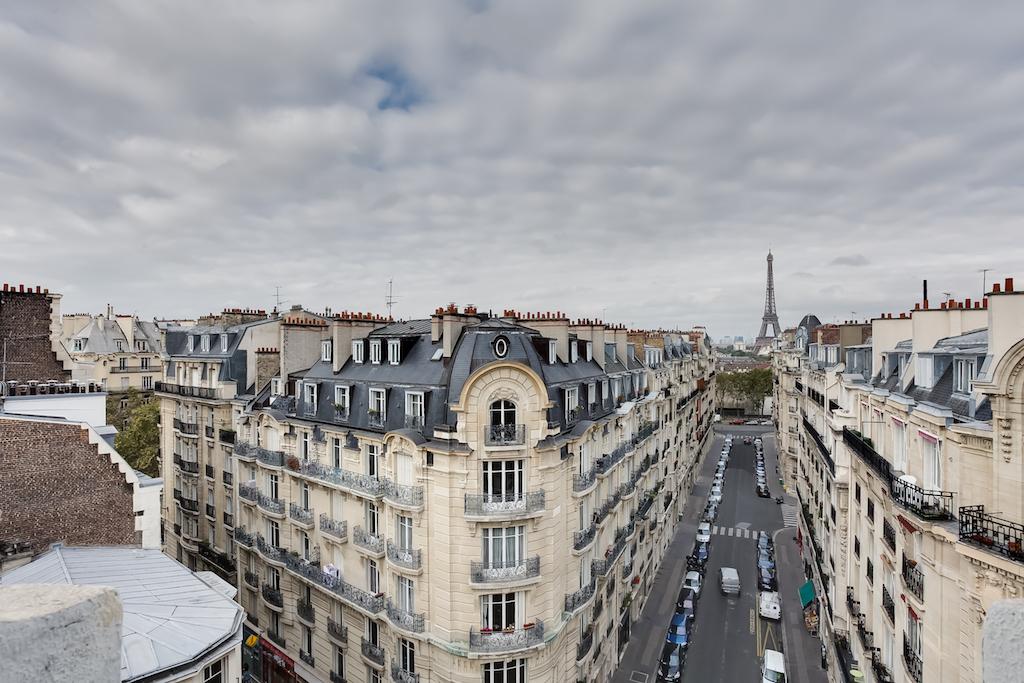 Agence-Leroy-Vente-3-pièces-Vue-Tour-Eiffel-5-pièces-52-m2-75007-Paris12