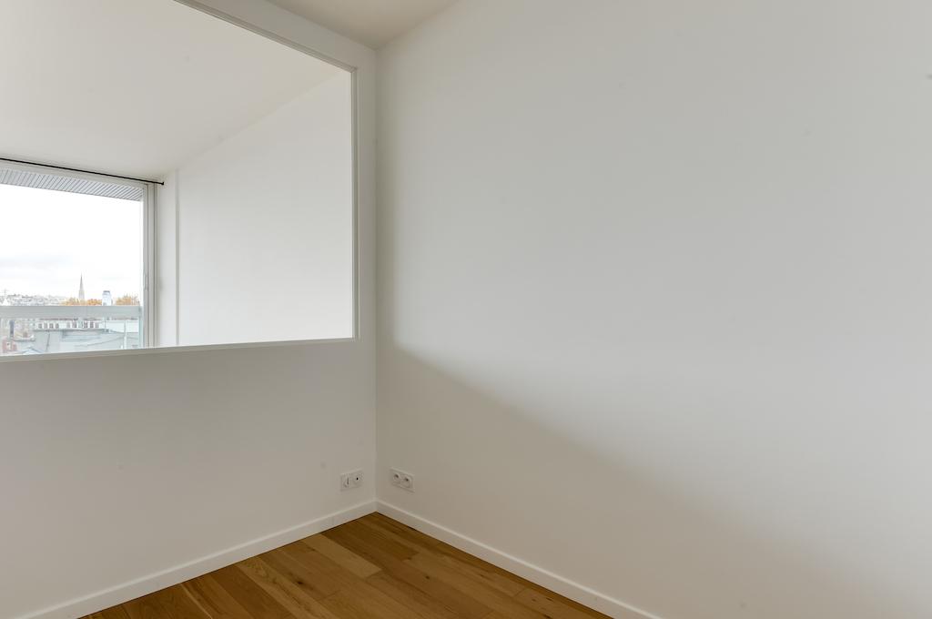 Agence-Leroy-Vente-Studio-32-m2-vue-panoramique-75007-Paris10