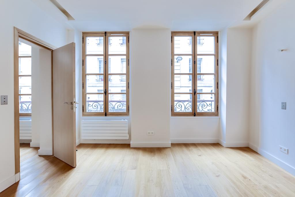 Agence-Leroy-Vente-2-pièces-rue-de-Bourgogne-32-m2-75007-Paris1