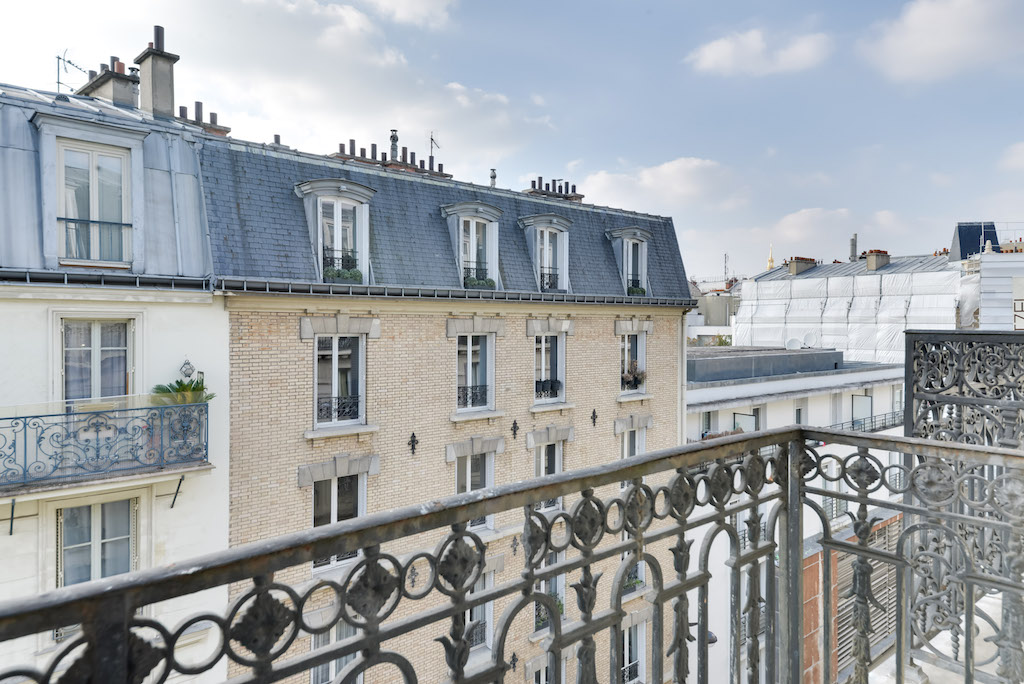 Agence-Leroy-Vente-3-pièces-balcons-rue-Vaneau-65-m2-75007-Paris-4