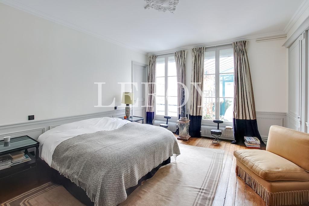 Agence-Leroy-Vente-5-pièces-Saint-Thomas-d'Aquin-75007-Paris-8