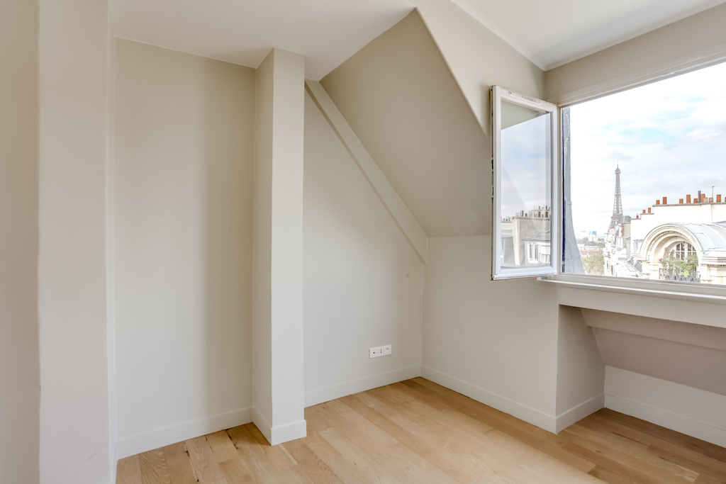 Agence-Leroy-Vente-3-pièces-Vue-Tour-Eiffel-5-pièces-52-m2-75007-Paris5