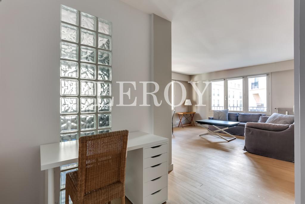 Agence-Leroy-Vente-2-pièces-Vaneau-75007-Parisphoto-5655-012