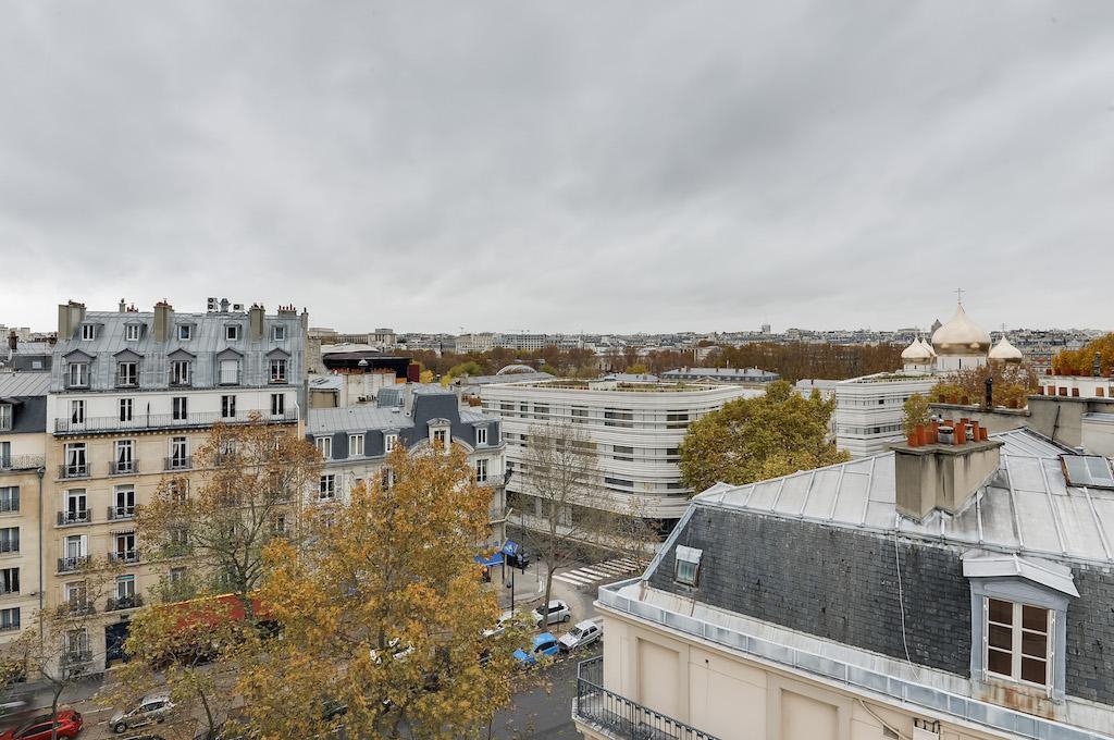 Agence-Leroy-Vente-Studio-32-m2-vue-panoramique-75007-Paris5