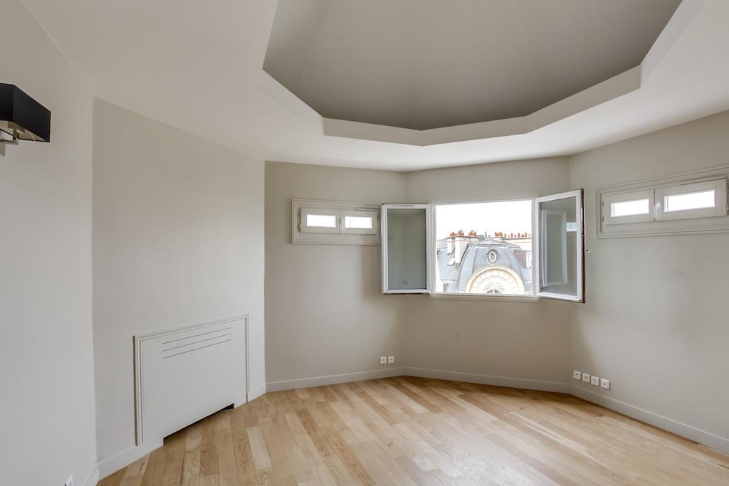 Agence-Leroy-Vente-3-pièces-Vue-Tour-Eiffel-5-pièces-52-m2-75007-Paris2