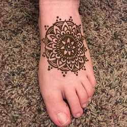 Nothing's better than a foot Mandala!_