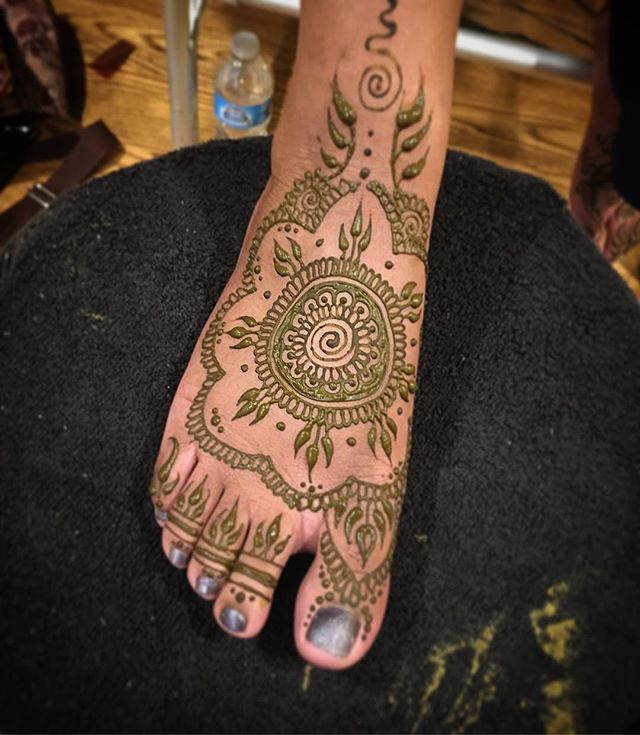 Foot henna from a private appointment